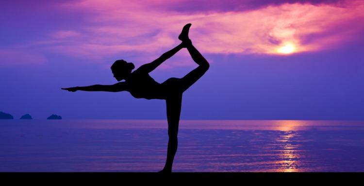 yoga-triatlon-juanp-masajista-deportivo-entrenamiento-planeta-triatlon